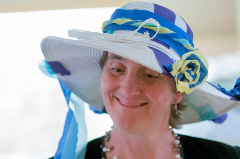 Natürlich braucht man da einen grossen Hut.