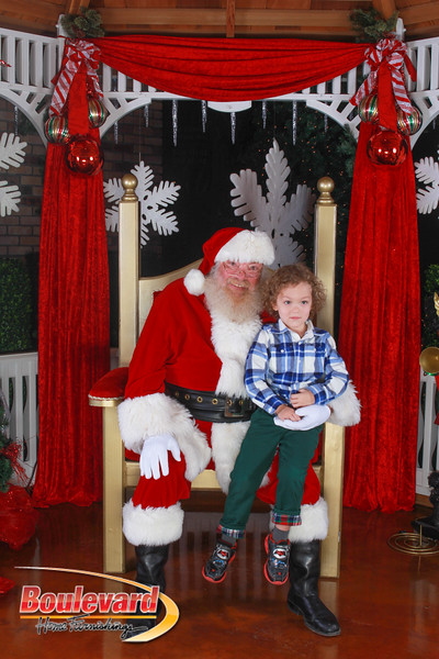 Santa 12-10-16-73.jpg