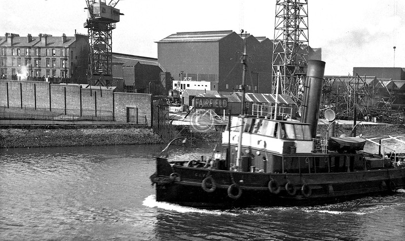 Passing a Clyde Pilot cutter (I think - don't quote me, if you know better let me know and I'll correct this) at the Fairfield yard.   These first six were taken in the course of a trip to Rothesay, probably in the summer of 1960 or 1961, with my first camera, a Kodak Bantam Colorsnap. They're included for their historical interest, not their quality.