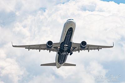 20190516 - DCA Planespotting