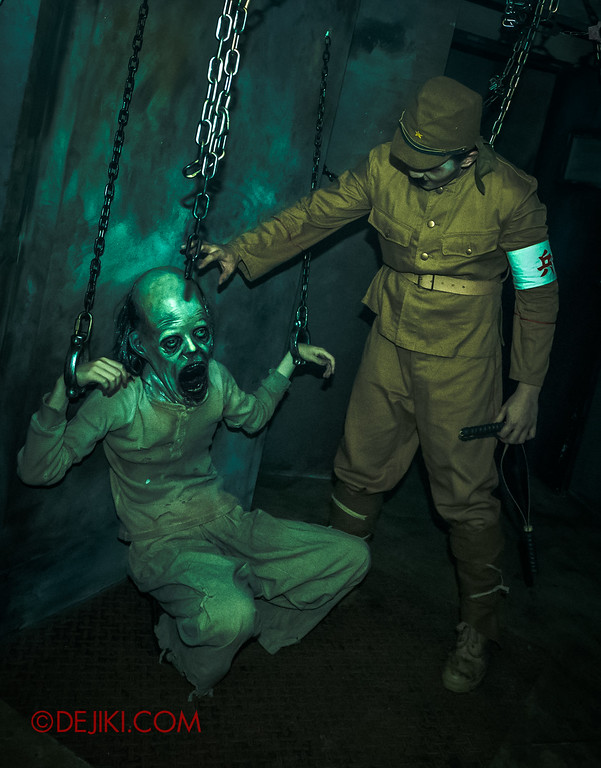 Halloween Horror Nights 6 - Old Changi Hospital / torture chamber japanese soldier vertical
