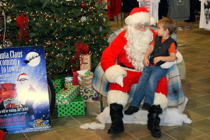 2014 Santa Visits J&P Cycles Florida Superstore (2).JPG