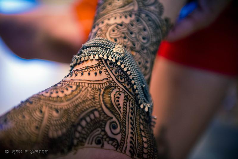 Jay Pooja Mehandi-310.jpg