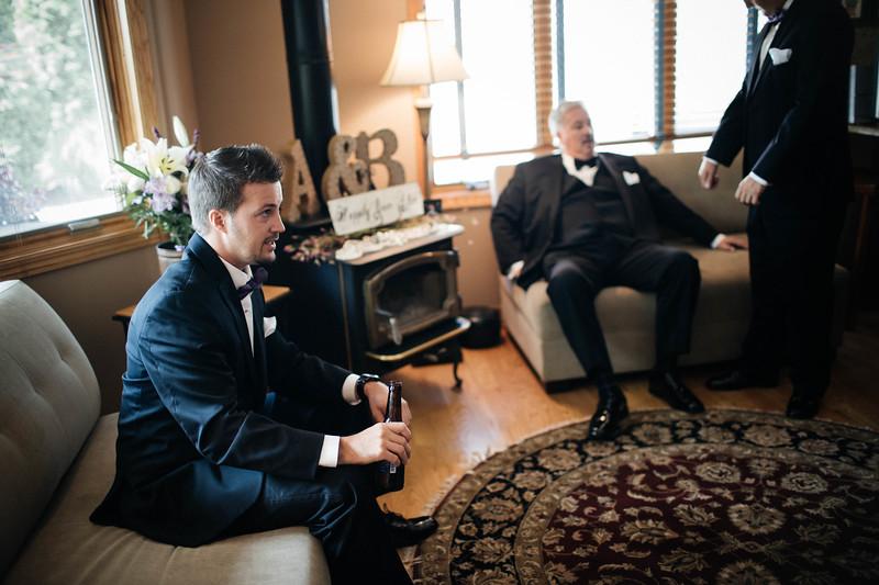 Brandon & Alshey _Getting Ready  (134).jpg