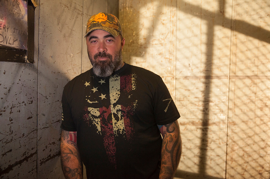 ". Aaron Lewis will be performing Dec. 11 at House of Blues in Cleveland. For more information, visit <a href=""http://www.houseofblues.com/cleveland\"">houseofblues.com/cleveland</a>. (Webster Public Relations)"