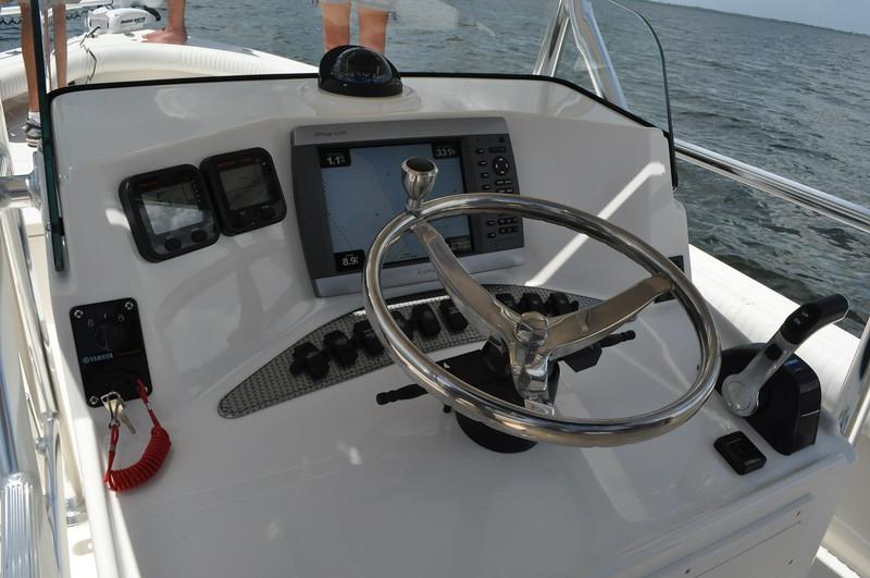 "S248520-SS Steering Wheel 15"" w/Knob"
