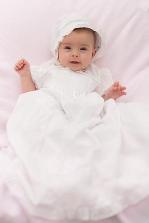 ellie at 3 months