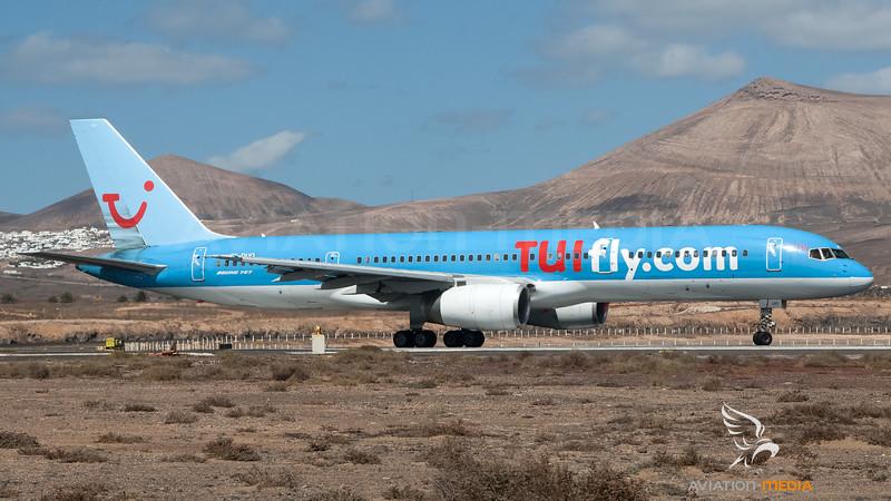 Tuifly Nordic / Boeing B757-236 / SE-DUO