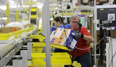 amazon-goes-on-hiring-spree-as-labor-market-tightens