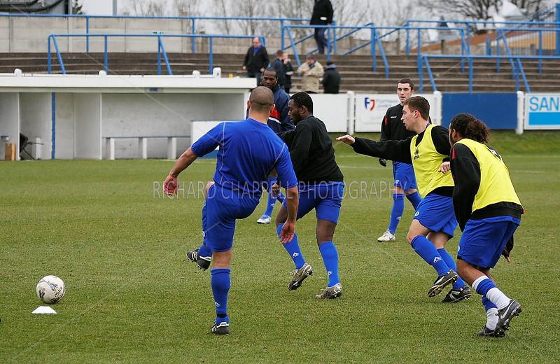 Chippenham Town V Halesowen match pictures