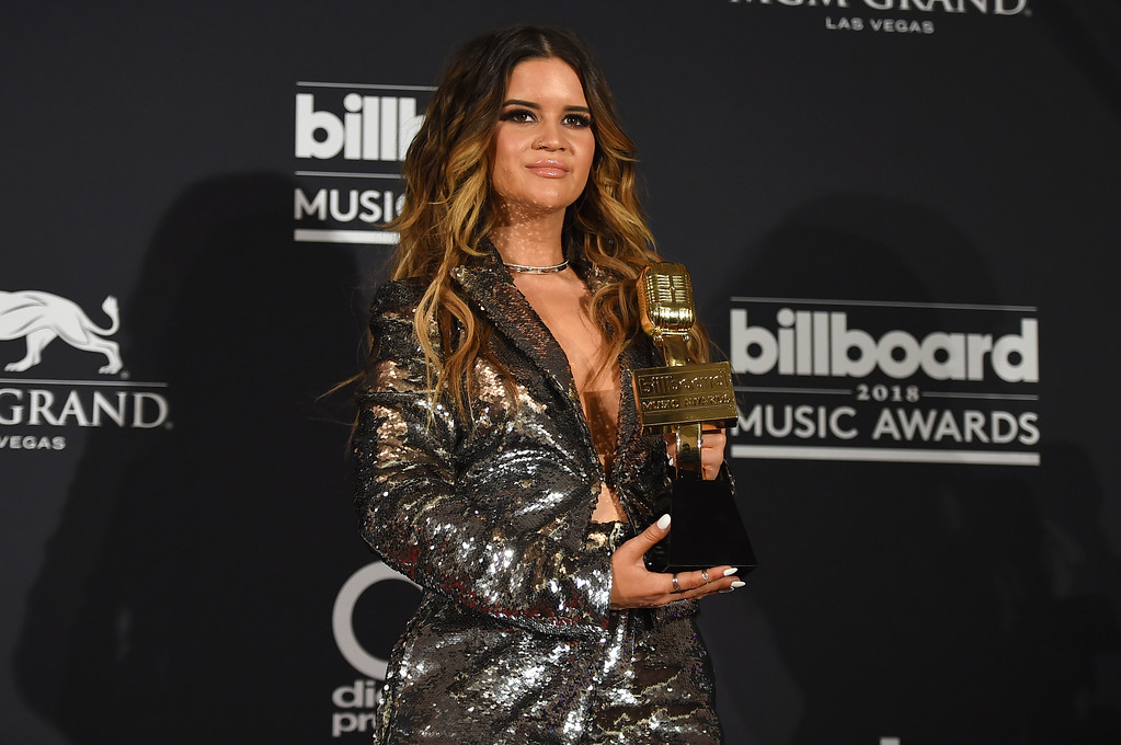 . Maren Morris poses in the press room with the award for top country female artist at the Billboard Music Awards at the MGM Grand Garden Arena on Sunday, May 20, 2018, in Las Vegas. (Photo by Jordan Strauss/Invision/AP)