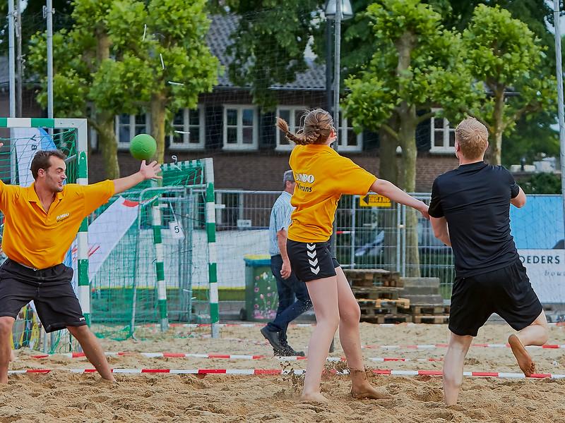 20160610 BHT 2016 Bedrijventeams & Beachvoetbal img 145.jpg