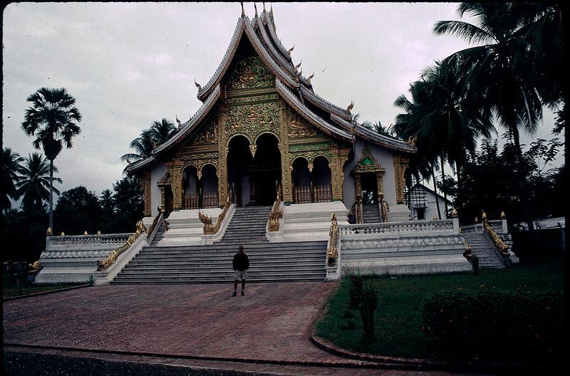 LaosCanada1_019.jpg