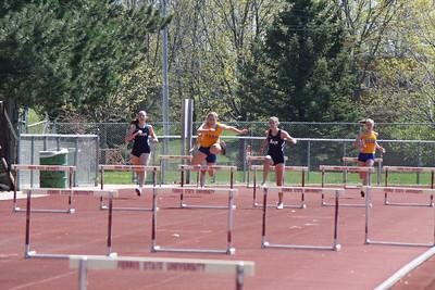 Men's and Women's 400 Meter Hurdles - 2012 Ferris State Invitational