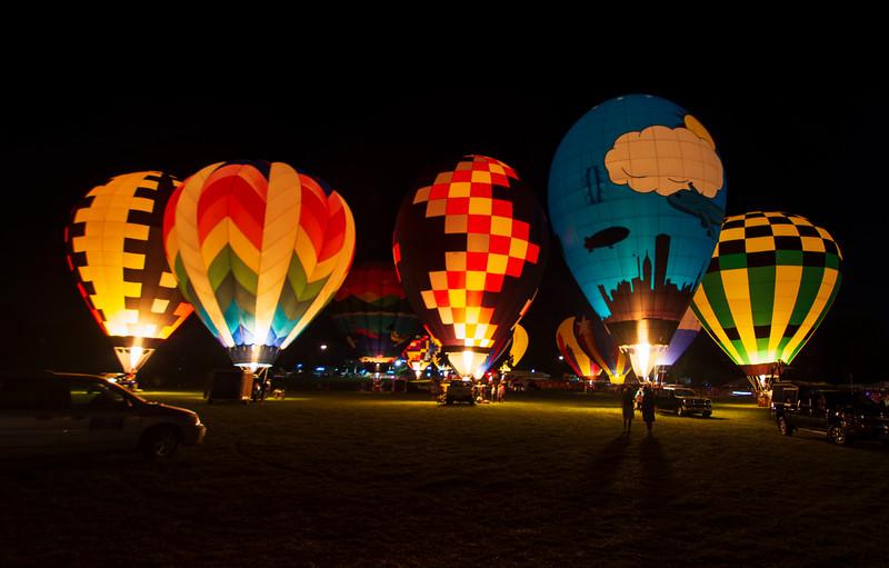 Balloon-Glow-HOF2019g.jpg