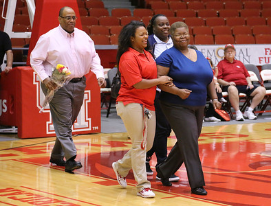 UH WBB vs Memphis Senior Day 2014