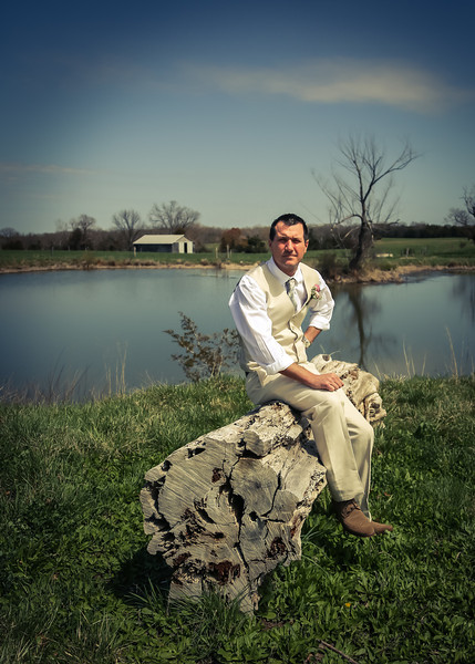 Waiting for His Bride on the log art tint 2 (1 of 1).jpg