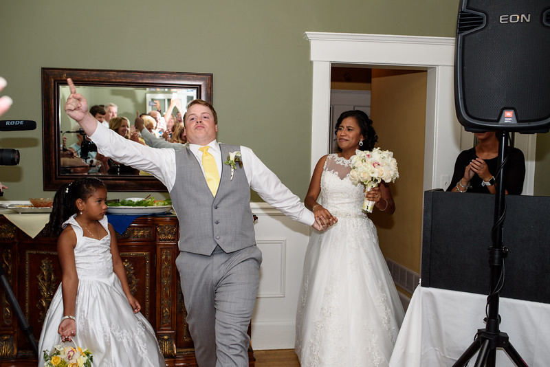 20150808-D and J Wedding-865.jpg