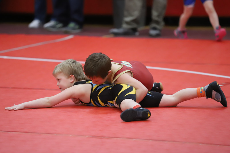 Little Guy Wrestling_4400.jpg