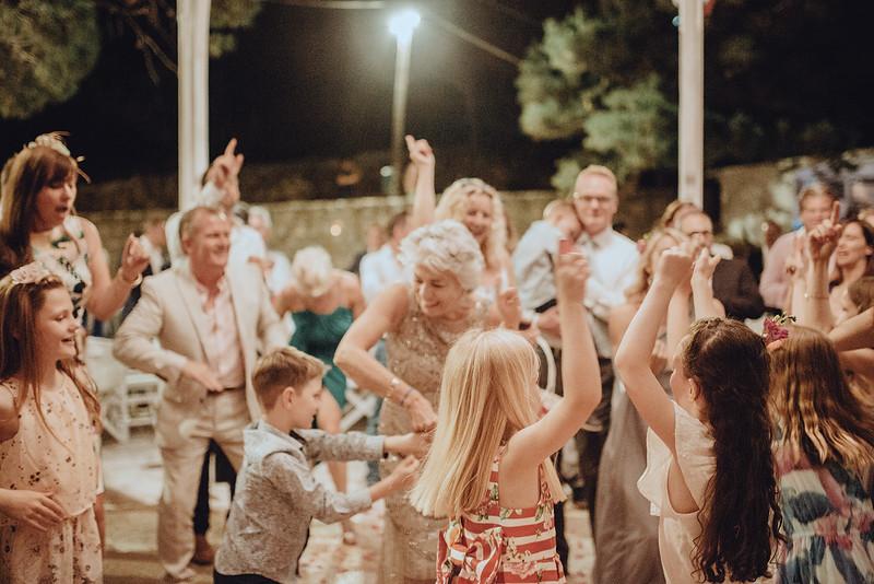 Tu-Nguyen-Wedding-Photography-Hochzeitsfotograf-Destination-Hydra-Island-Beach-Greece-Wedding-171.jpg