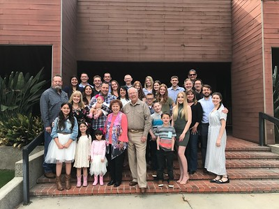 FAMILY  & FRIENDS 2018
