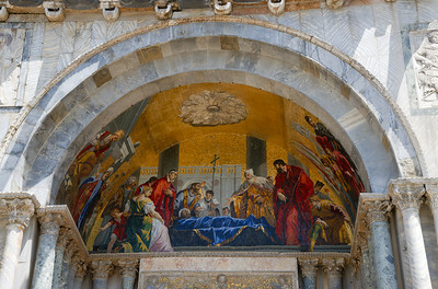 Gallery Seventeen  Italy