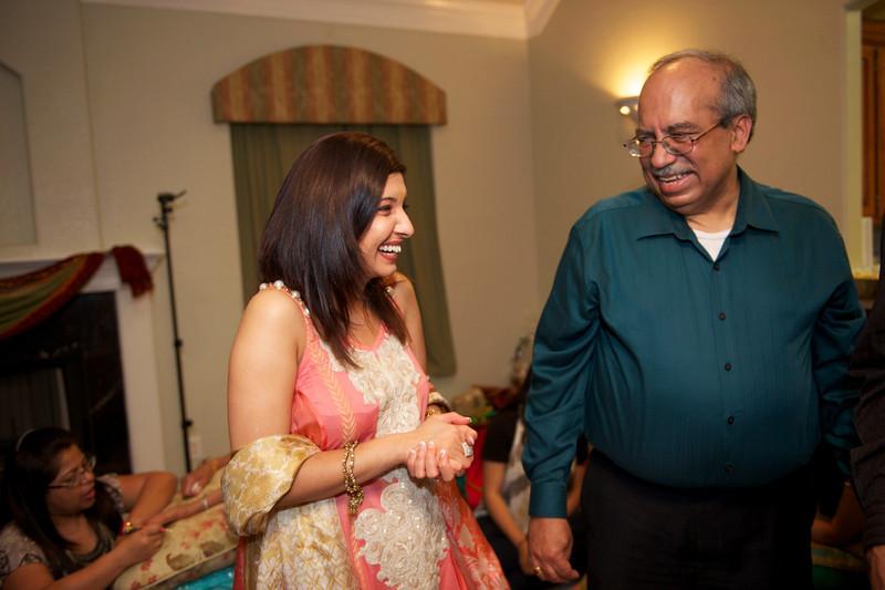 Rahim-Mehndi-2012-06-00516.jpg