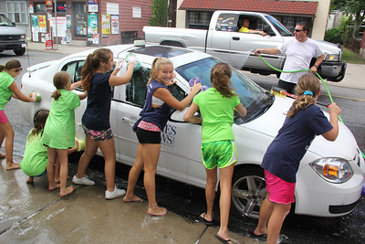 Car Wash Fundraiser, Knee-Hi Cheerleading, American Hose Company, Tamaqua (8-24-2013)