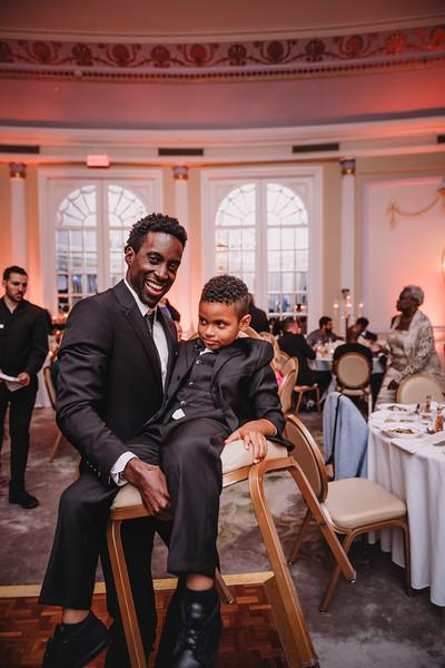 Montreal Wedding Photographer | Wedding Photography + Videography | Ritz Carlton Montreal | Lindsay Muciy Photography Video |2018_854.jpg
