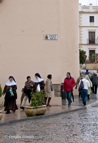 Mon 3/14 in Ronda: Walking in the rain