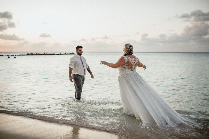 Requiem Images - Aruba Riu Palace Caribbean - Luxury Destination Wedding Photographer - Day after - Megan Aaron -9.jpg