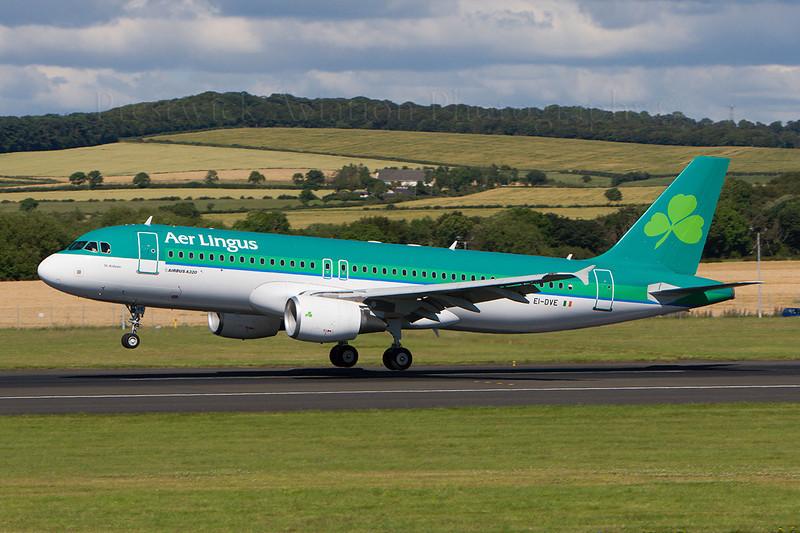 EI-DVE. Airbus A320-214. Aer Lingus. Prestwick. 230707.