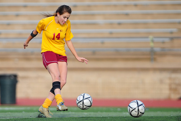 Torrey Pines Girls Soccer vs Fallbrook, H1