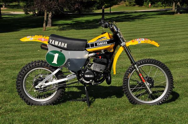 YAMAHA OW 40
