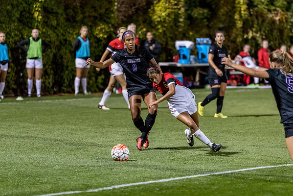 2016 Seattle U Women's Soccer vs Huskies