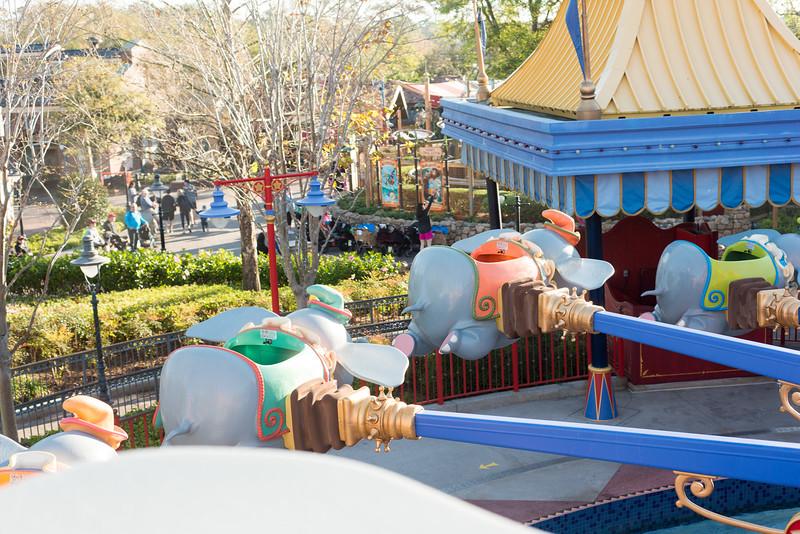 Empty Dumbos - Magic Kingdom Walt Disney World