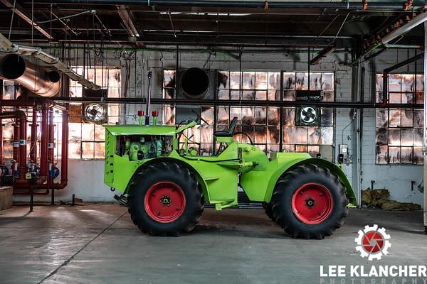 Steiger Model 105 Tractors