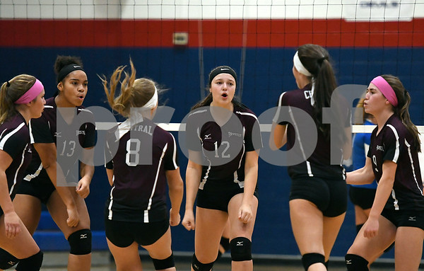 10/19/2017 Mike Orazzi | Staff Bristol Central girls during Thursday's volleyball match in Plainville.