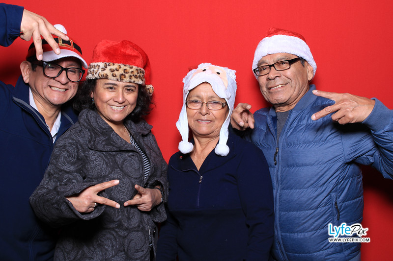 eastern-2018-holiday-party-sterling-virginia-photo-booth-0026.jpg