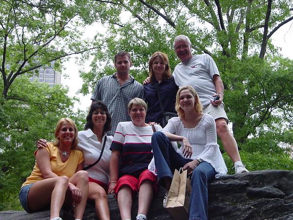 July 2002 | Linda & Lorna visit