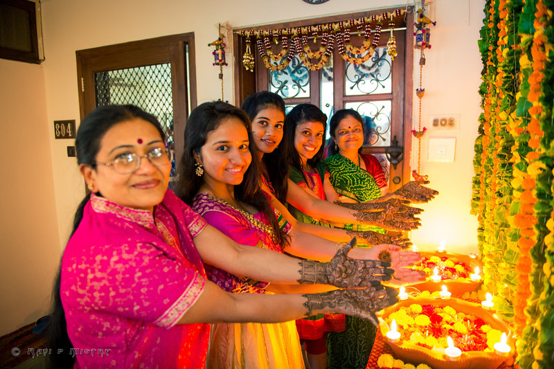 Jay Pooja Mehandi-184.jpg