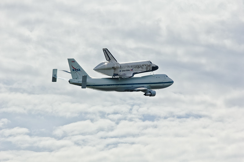 IMAGE: http://abinajmphotography.smugmug.com/Galleries/Portfolio/Transportation-1/i-RRckDMQ/0/L/spaceshuttle-20120417-3454-L.jpg