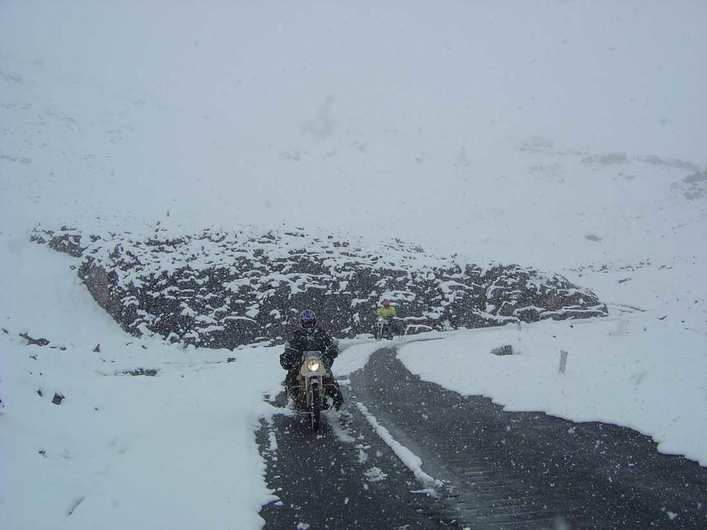 Sneeuw +4000 m hoogte