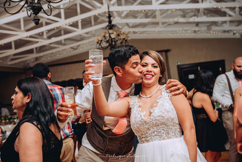 BRETT & CARMEN WEDDING PREVIEWS-145.JPG