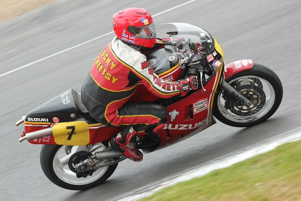Two Stroke GP and Newcomer 1000