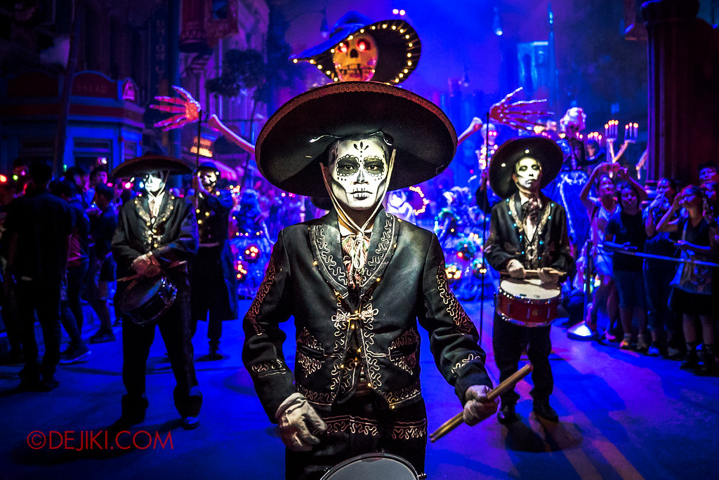 Halloween Horror Nights 6 - March of the Dead / Death March - Ensemble Hero