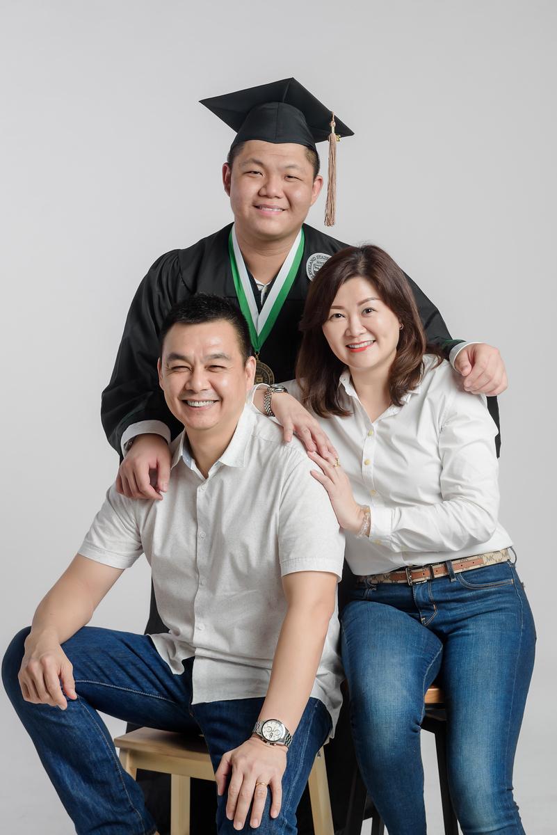 graduation family portraits photography