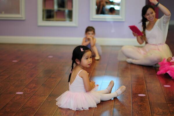 081416 Olivia's First Ballet Class