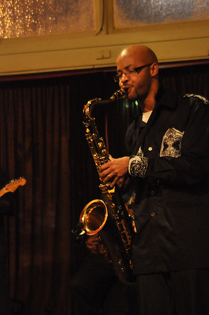 Cameron Ross, saxophonist, Live