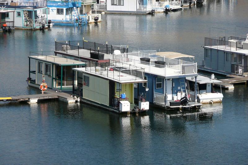 Houseboats on Lake Kaweah